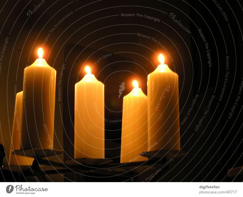 kerzenschein Kerze Licht brennen ruhig gemütlich Dinge handgezogen Bienenwachs Flamme Lichterscheinung Brand Denken