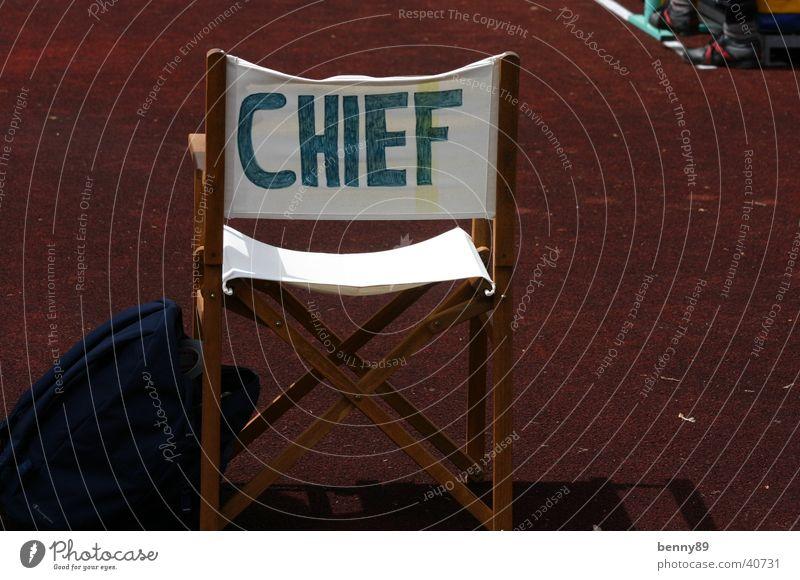 chief Vorgesetzter Sportplatz Camping rot Holz obskur Chief Stuhl Campingstuhl weis