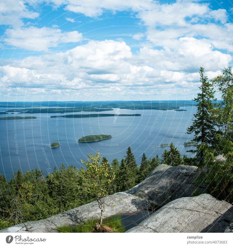 Koli Kansallispuisto Suomi-Finnland Sonnenstrahlen Menschenleer Außenaufnahme Farbfoto koli Idylle wandern Stein Strand Seeufer Hügel Wald Himmel Wolken Klima