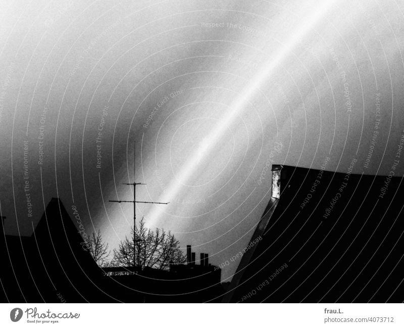 Regenbogen Dächer Antenne Regenwolken Dach Himmel Stadt Schornstein Baum Winter Haus