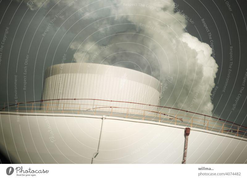 Der Dampfer CO2 CO2-Ausstoß Kohlekraftwerk Heizkraftwerk Energiewirtschaft Umweltverschmutzung Luftverschmutzung Qualm Rauch Schlot Klimawandel Industrie