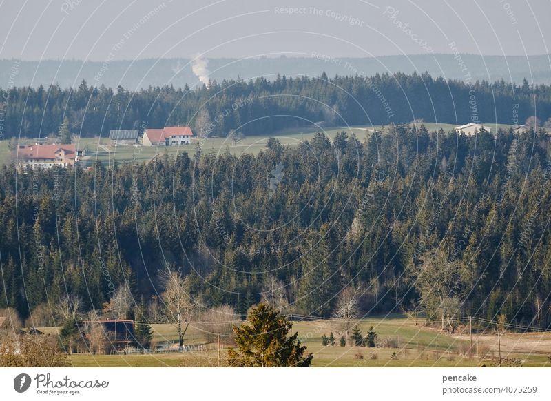 auenland ist keine insel Allgäu Baden-Württemberg Oberschwaben Landschaft Hügel Wald Wiesen Bauernhof Auenland Rauchwolke Aussicht Fernblick Panorama Isny