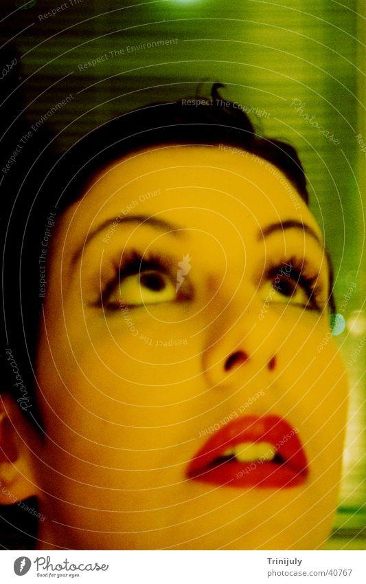 Yellow II gelb Frau Langzeitbelichtung Porträt Stil Cross Colour Gesicht verwaschen Auge Mund Blick