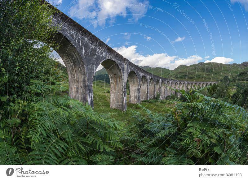 Glenfinnan Viaduct. Schottland scotland railway viaduct highlands Natur Brücke Tal Fluss England Loch Shiel river Architektur wildnis Küstenlandschaft