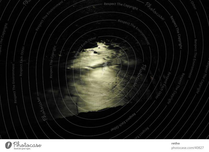 ruhiges rauschen Nacht Langzeitbelichtung Zaun Wasser Fluss Bewegung