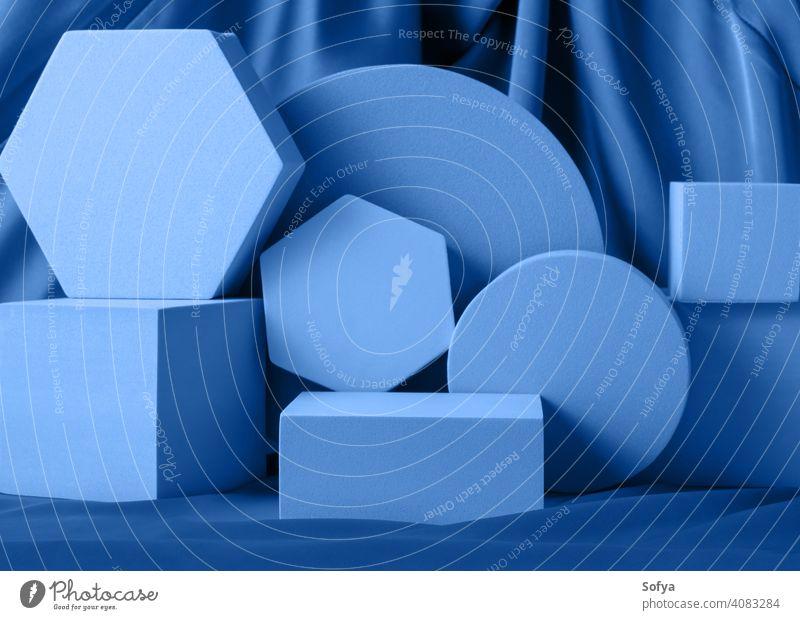 Geometrische Formen Nacht blau Stand Podium Mockup für Produkt-Display auf Seide Hintergrund Anzeige geometrisch Attrappe stehen neonfarbig Design Farbe Layout