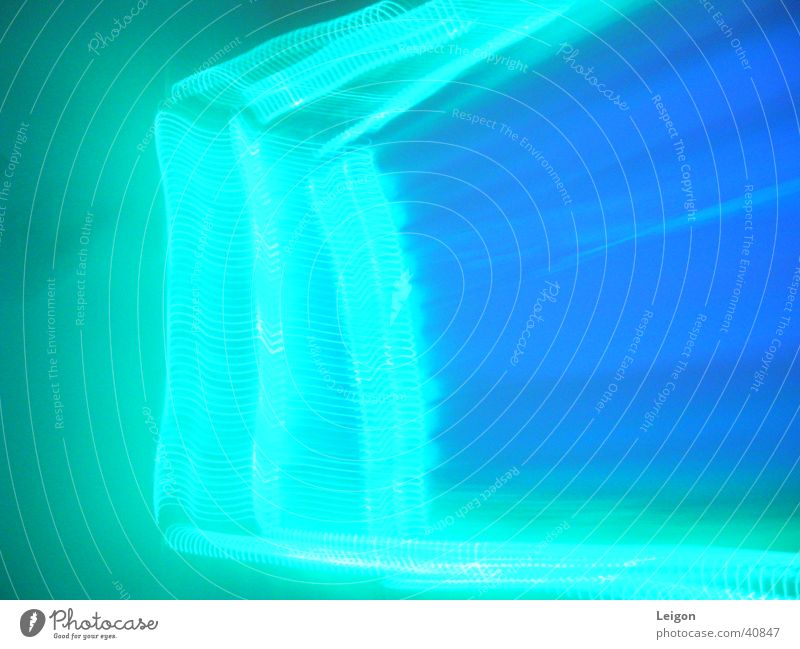 lichtkette2 blau dunkel geheimnisvoll Dinge Vorhang Kette