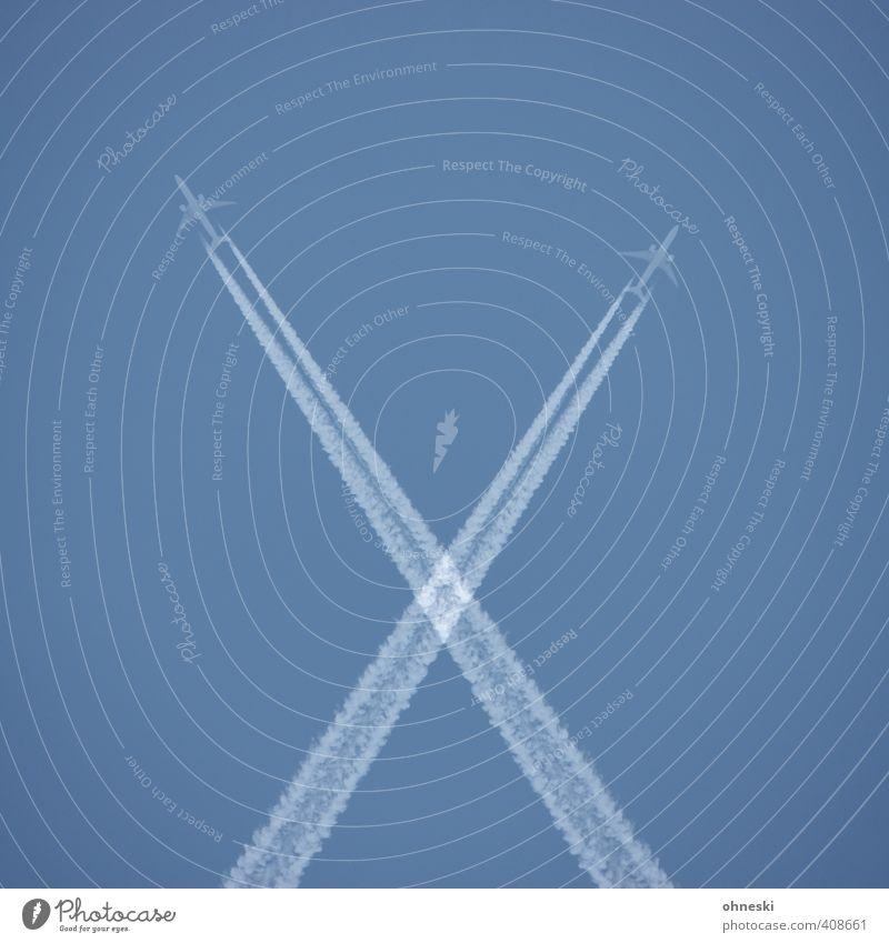 Fernweh Ferien & Urlaub & Reisen Freiheit Sommer Luft Wolkenloser Himmel Luftverkehr Flugzeug Passagierflugzeug Linie fliegen blau Business Geschwindigkeit