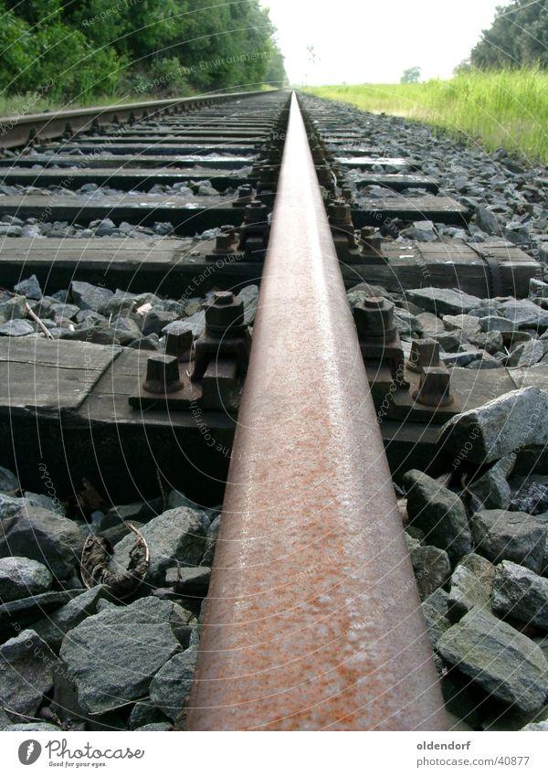 Der lange Weg Einsamkeit Wege & Pfade Verkehr Eisenbahn Ziel Unendlichkeit Gleise