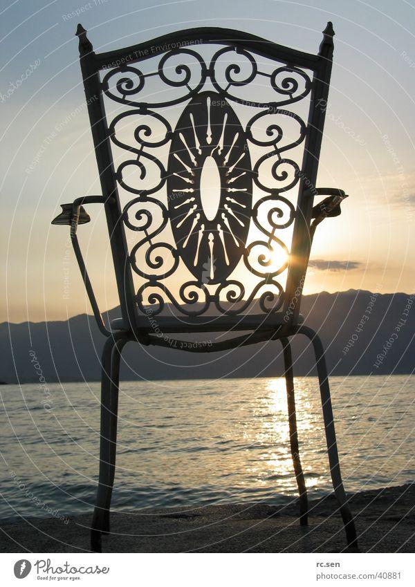 Stuhl im Morgenlicht Meer Romantik Freizeit & Hobby