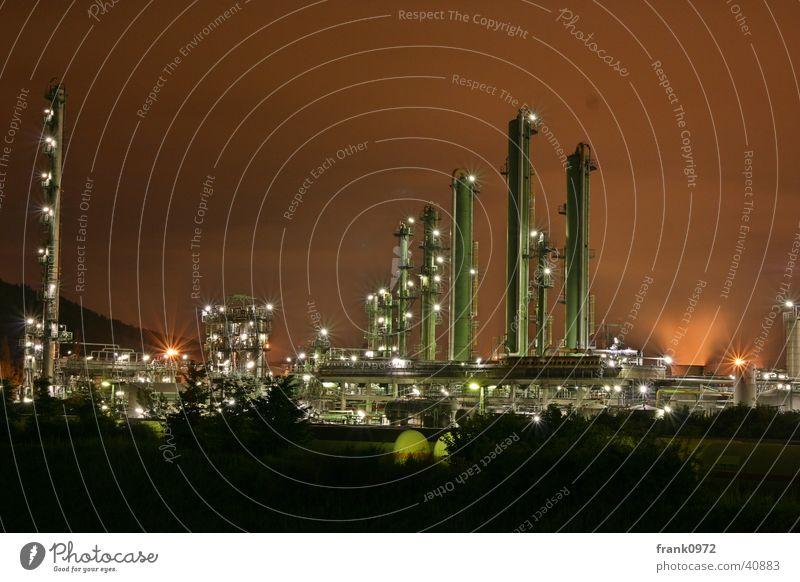 Chemie bei Nacht Langzeitbelichtung Roter Himmel Beleuchtung Industrie DRI Turm Moers Sasol