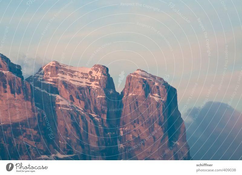 Mädchenberge Umwelt Natur Landschaft Wolken Klima Klimawandel Schönes Wetter Felsen Alpen Berge u. Gebirge Gipfel Schneebedeckte Gipfel rosa Morgendämmerung