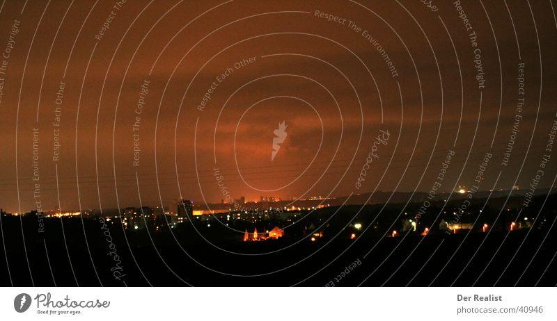 Nürnberger Nächte Nacht rot Langzeitbelichtung Himmel Lampe Licht