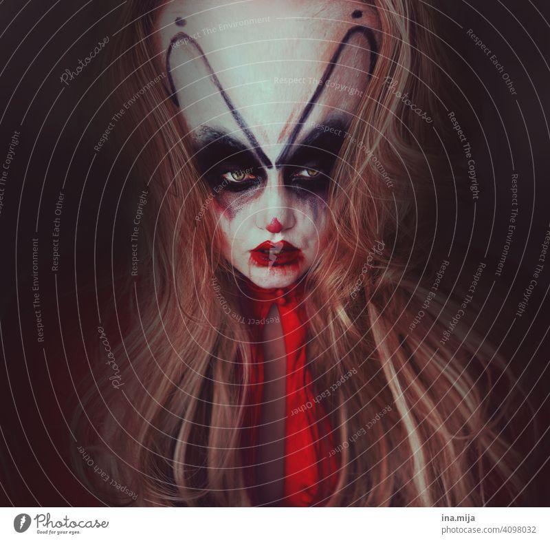 ES war einmal Film Ungeheuer Monster Verstand Make-up Kostüm hässlich angsteinflösend Ärger Psyche fürchten Horror Horrorfilm Alptraum Schatten Kontrast