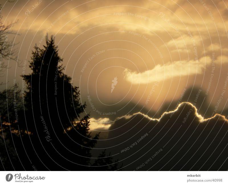 Wolkenleuchten Sonnenuntergang Lichtspiel Himmel Abend