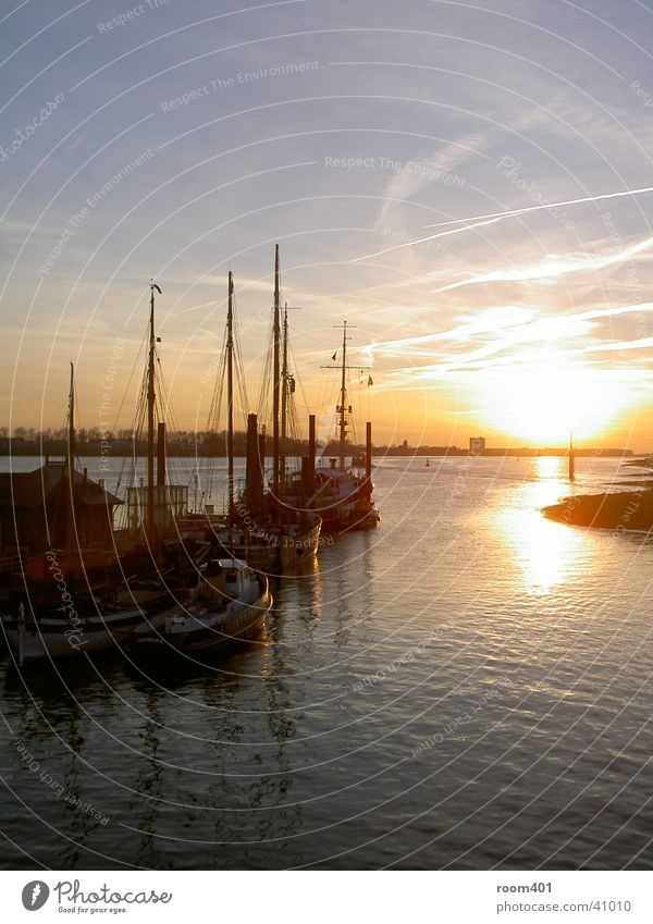 hamburg hafen Sonnenuntergang Romantik Meer Wasserfahrzeug Hamburg Hafen