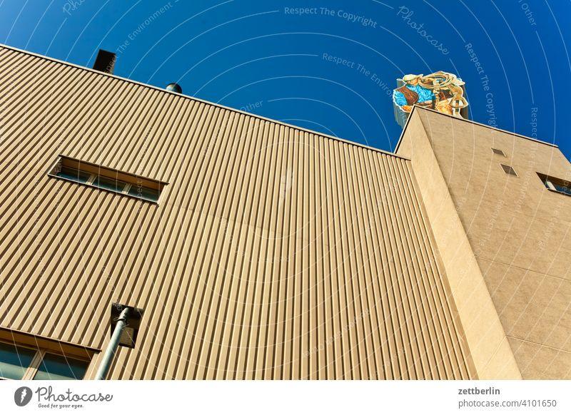 Zigarettenfabrik architektur außenwerbung berlin büro camel city cowboy deutschland froschperspektive hauptstadt haus himmel hochhaus innenstadt mitte modern