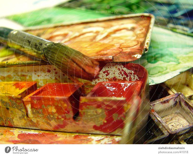 aquarellkasten mit pinsel 1 rot Farbe Künstler Pinsel Aquarell