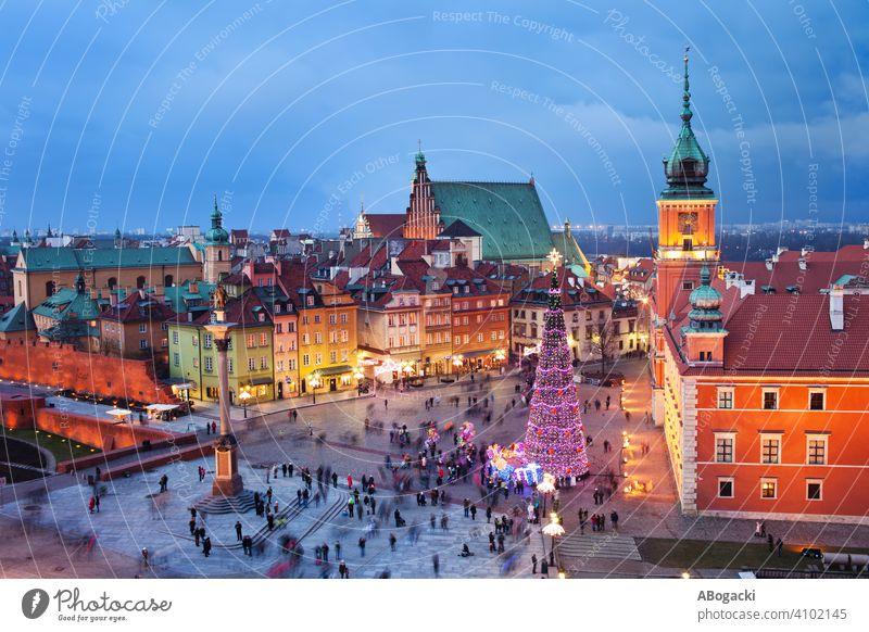 Altstadt von Warschau bei Nacht oben Architektur Anziehungskraft Gebäude Burg oder Schloss Großstadt Stadtbild Kultur Abenddämmerung Dämmerung Lichter