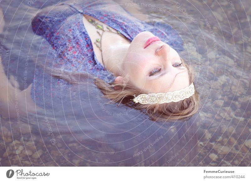 Wasserelfe (VIII) Mensch Frau Natur Jugendliche schön Wasser Erholung Junge Frau Mädchen Erwachsene 18-30 Jahre Leben feminin Stein träumen Zufriedenheit