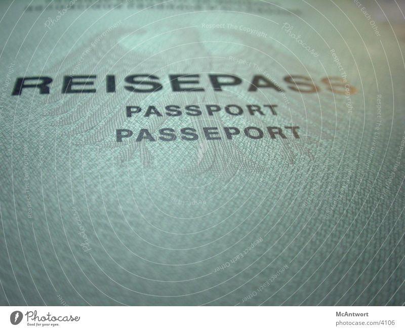 passport please Ausweis Dinge Makroaufnahme Reisepass Passeport Wappentier Muster Sicherheit Menschenrechte Papier Textfreiraum unten Menschenleer