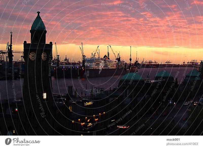 Hamburg Landungsbrücken Himmel Kunst Europa Hafen Anlegestelle Abenddämmerung Elbe Sehenswürdigkeit