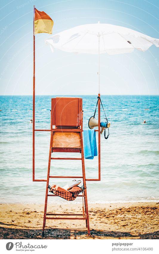 Baywatch, Bademeister, Strandaufsicht, Rettungsschwimmer Bademeisterhaus Bademeisterhäuschen Meer Ferien & Urlaub & Reisen Sommer Wasser Sand Küste Himmel