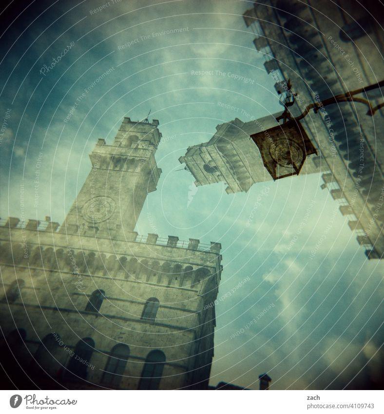 Realität ist nur ein Traum Wolken Himmel Turm Altstadt Architektur Stadtteil Stadtrand Haus Holga Fassade Wohnhaus Experiment Dia Doppelbelichtung Scan