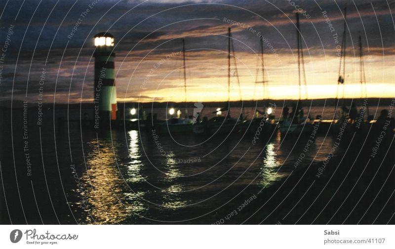 Leuchtturm_02 Nacht Licht Sonnenuntergang See Unschärfe Lampe Wasser