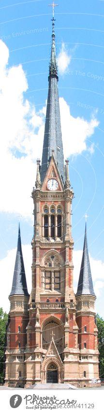 märchenschloss Gebäude Haus Uhr Turmspitze Architektur Religion & Glaube Himmel Burg oder Schloss
