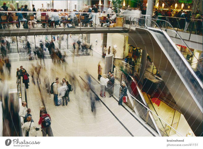 hektik beim einkaufen Menschengruppe Stress Eile Einkaufscenter