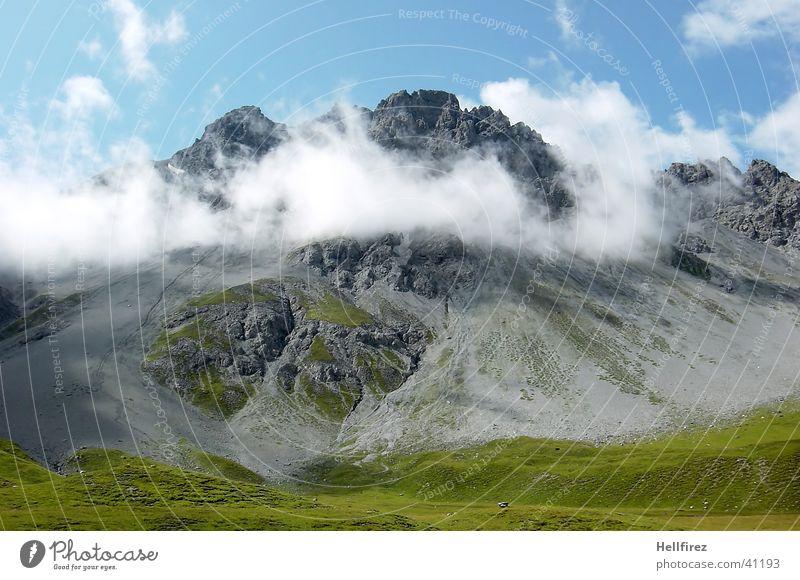 Hoch Oben Wolken Berge u. Gebirge Landschaft Alpen Gipfel Blauer Himmel