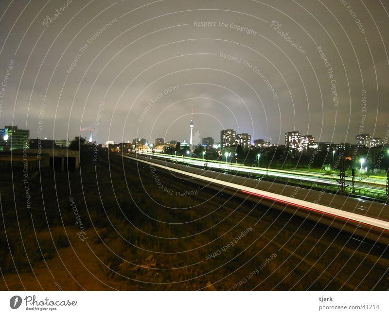 Berlin S-Bahn bei Nacht Eisenbahn Geschwindigkeit