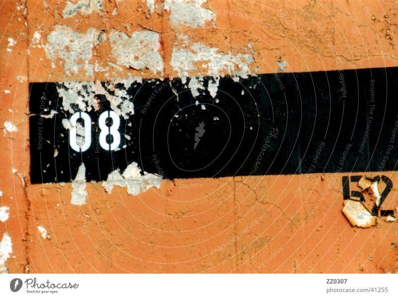 08 52 schwarz Farbe Wand Mauer kaputt Dinge Terrakotta
