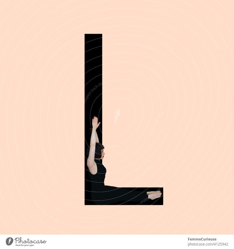 Grafik zeigt schwarzfarbigen Buchstaben L des lateinischen Alphabets vor hautfarbenem Hintergrund und integrierter fotografischer Ganzkörperaufnahme einer posierenden brünetten Frau mit Bob Frisur in schwarzem Einteiler