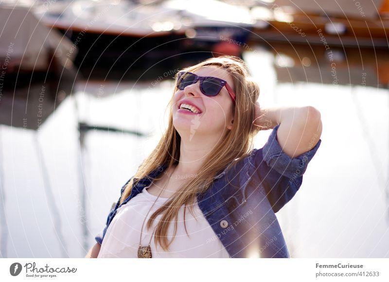 Sun is up! (I) Mensch Frau Jugendliche schön weiß Sommer Junge Frau Mädchen Freude Erwachsene 18-30 Jahre Leben feminin lachen Stil See