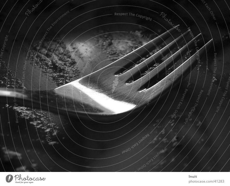 Gabel Besteck Ernährung TIF Nahaufnahme Schwarzweißfoto Reflexion & Spiegelung