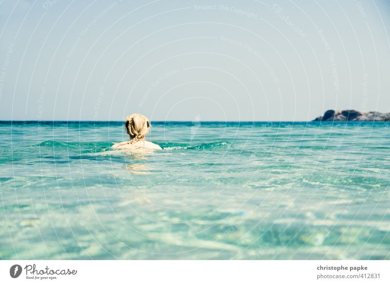 der beste Infinity-Pool Mensch Frau Jugendliche Ferien & Urlaub & Reisen Sommer Sonne Meer Erholung Junge Frau Strand Erwachsene feminin Haare & Frisuren Küste