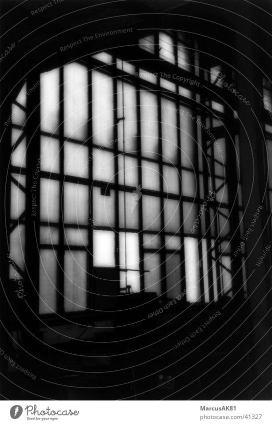 Lagerhalle Fenster Industrie alt