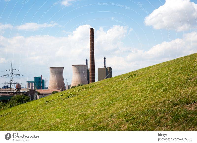 Gaskraftwerk der Hüttenwerke Krupp Mannesmann in Duisburg Hüttenheim Stahlwerk verhüttung Stahlgewinnung Stromgewinnung Industriekultur Stahlindustrie Kühltürme