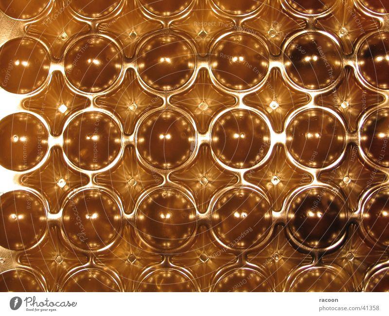 Marzipan-Kartoffeln glänzend gold obskur Verpackung Süßwaren Marzipan