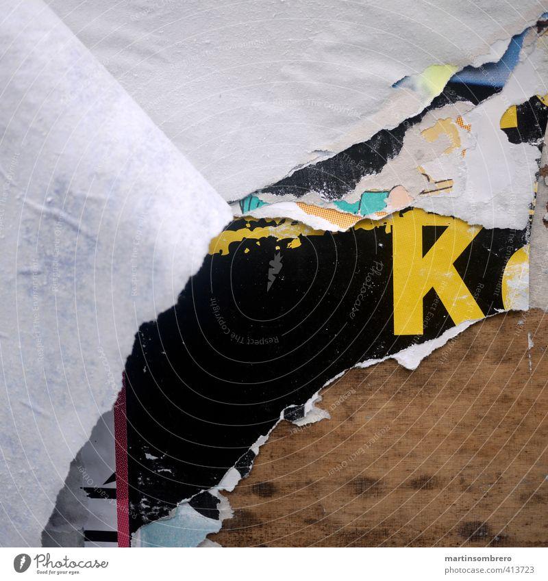 Abriss-Typo Design Printmedien Mauer Wand Holz Ziffern & Zahlen kaputt trashig trist Stadt braun gelb schwarz ruhig Zerstörung Farbfoto Außenaufnahme