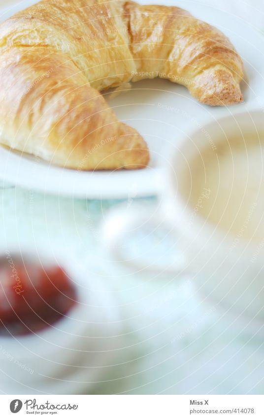 Croissant Teigwaren Backwaren Marmelade Ernährung Frühstück Kaffeetrinken Büffet Brunch Heißgetränk Latte Macchiato lecker süß Appetit & Hunger Frühstückstisch