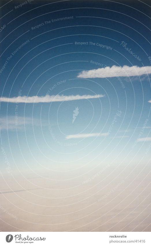 Reinhard Mey Himmel weiß blau Ferien & Urlaub & Reisen Wolken Ferne oben Freiheit Luft Flugzeug fliegen Geschwindigkeit Luftverkehr Bett Unendlichkeit unten