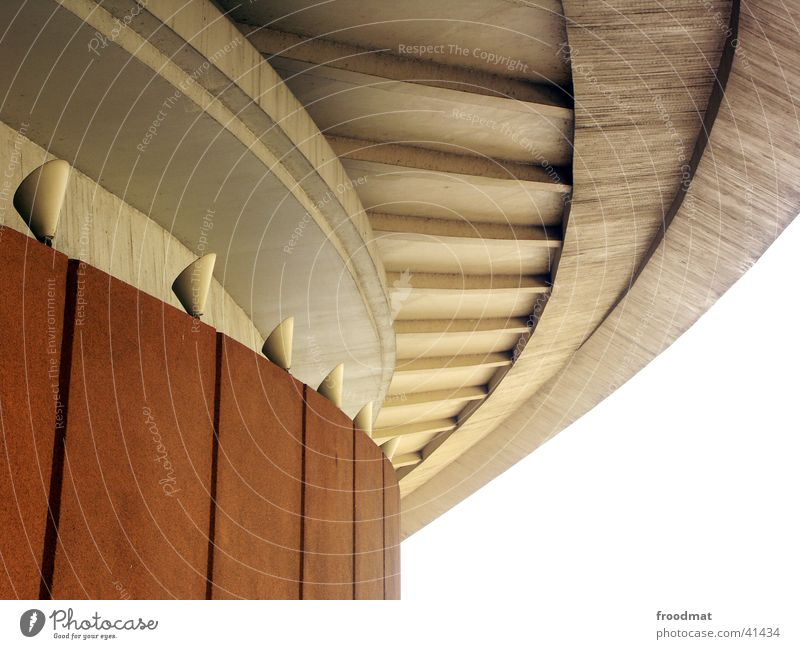 Schwing schwungvoll Architektur Haus der Kulturen der Welt Detailaufnahme Stein Beleuchtung