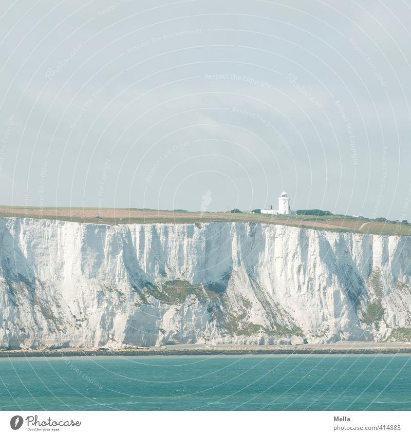 Blau-Weiß-Blau Umwelt Natur Landschaft Urelemente Himmel Küste Meer Klippe Kreidefelsen Leuchtturm natürlich blau Ferien & Urlaub & Reisen Dover Farbfoto