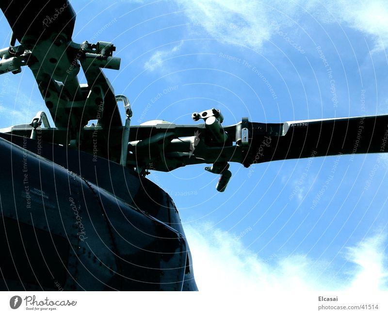 skyHigh Luftverkehr Perspektive Technik & Technologie Hubschrauber Rotor Rettungshubschrauber