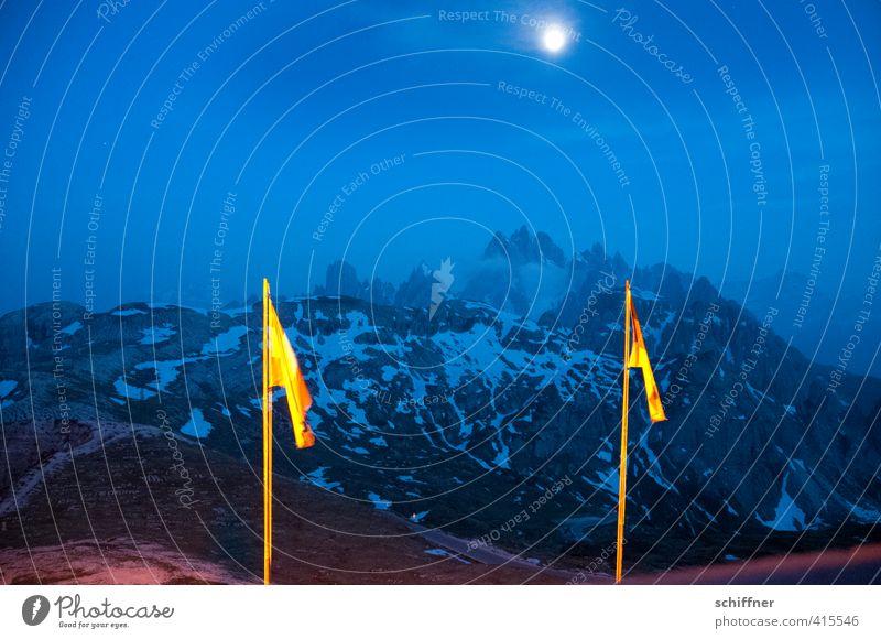 mondhell Umwelt Natur Landschaft Mond Vollmond Felsen Alpen Berge u. Gebirge Gipfel Schneebedeckte Gipfel Gletscher dunkel blau Fahne Fahnenmast Südtirol