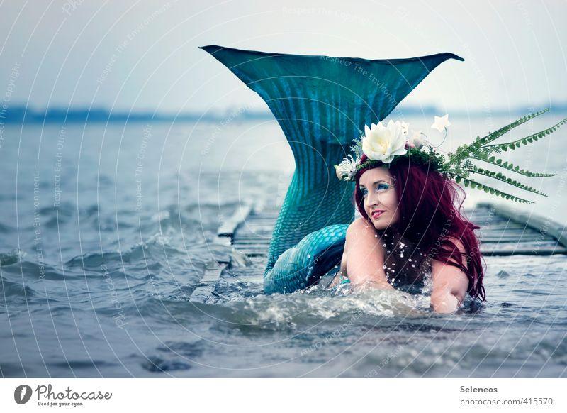 Meeresschaum Mensch Frau Natur Wasser Meer Blume Erwachsene Umwelt feminin Haare & Frisuren Küste Schwimmen & Baden Horizont Wellen nass genießen