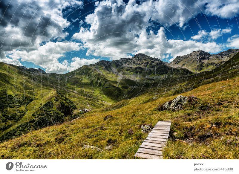 Ende und Neubeginn Ausflug Freiheit Sommer Berge u. Gebirge wandern Natur Landschaft Himmel Wolken Frühling Schönes Wetter Gras Alpen Wege & Pfade gigantisch